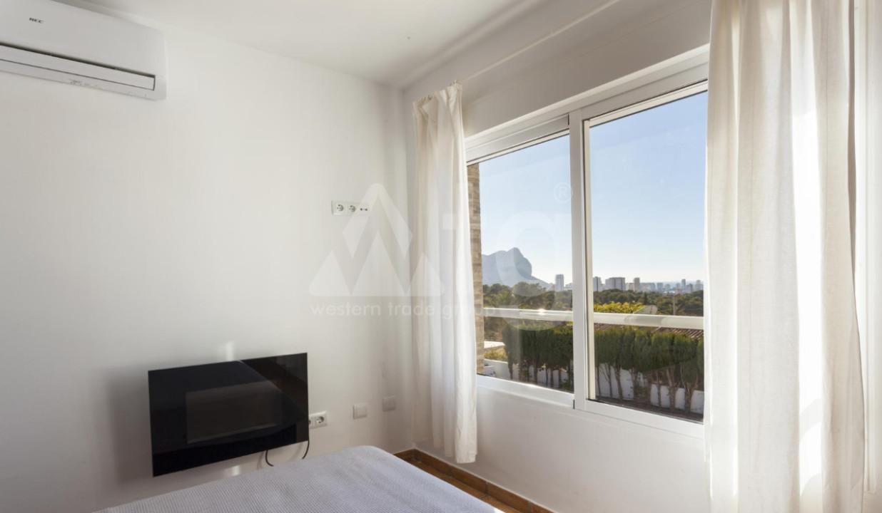 4 bedroom Duplex in Torrevieja  - NH110060 - 18