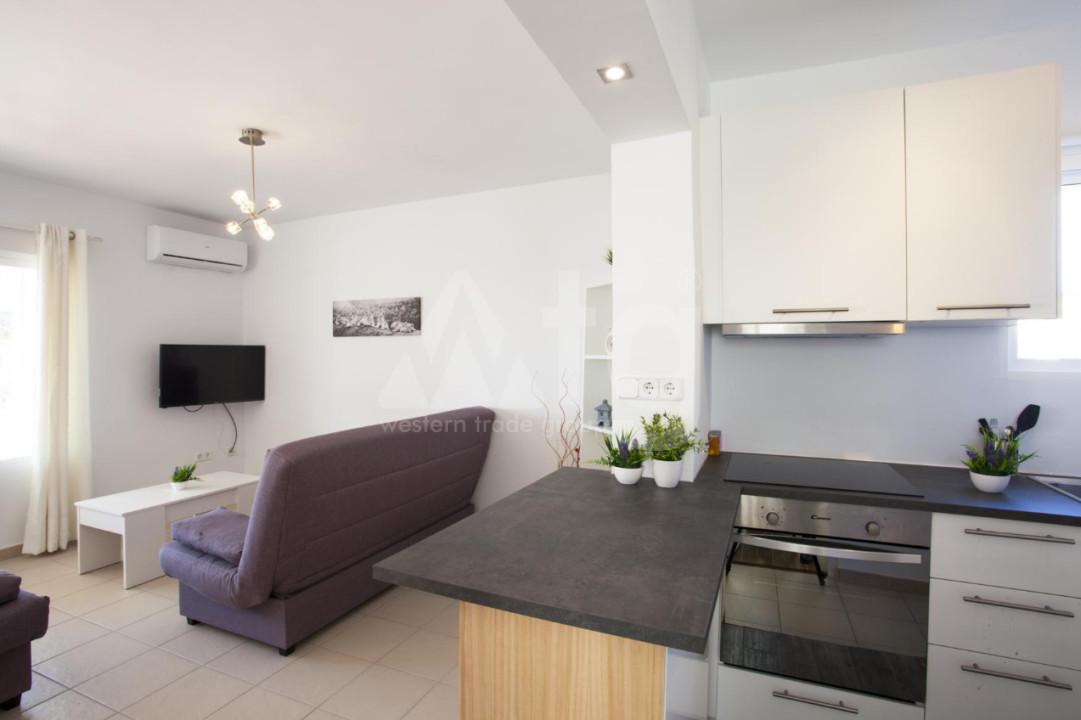 4 bedroom Duplex in Torrevieja  - NH110060 - 7