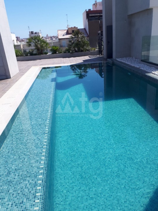 4 bedroom Penthouse in Alicante  - QUA1116925 - 4