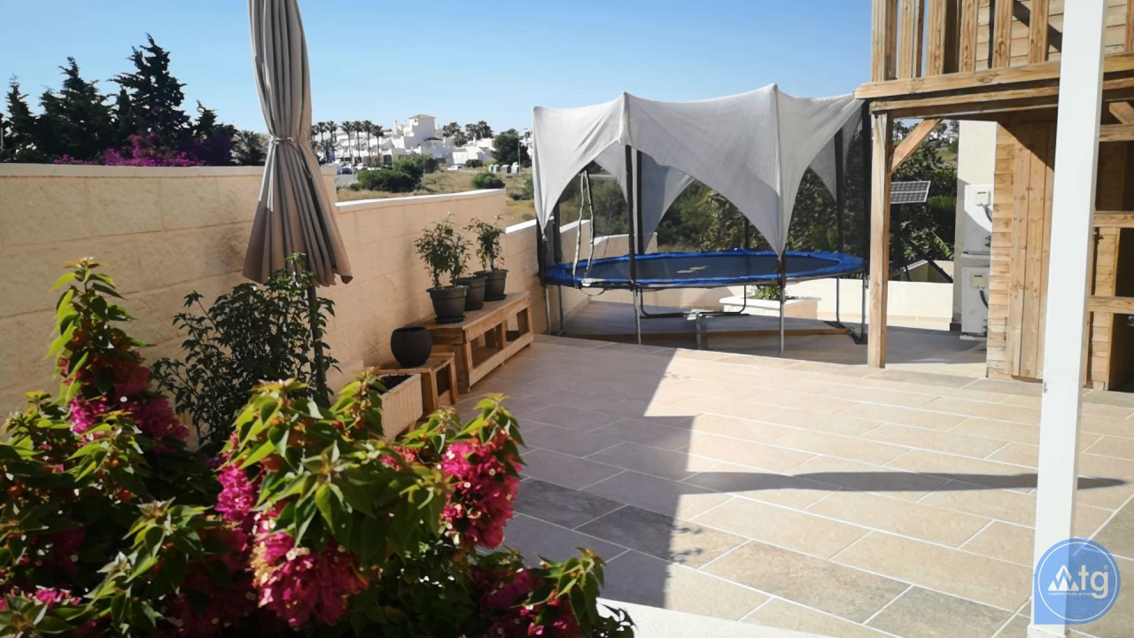 4 bedroom Townhouse in Playa Flamenca  - W1116316 - 11