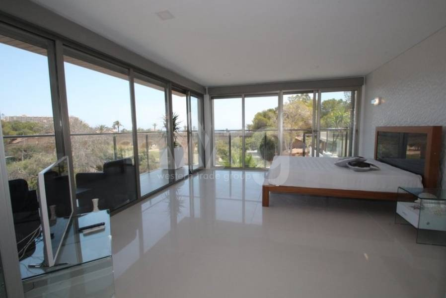 4 bedroom Villa in Dehesa de Campoamor  - CRR17698992344 - 28