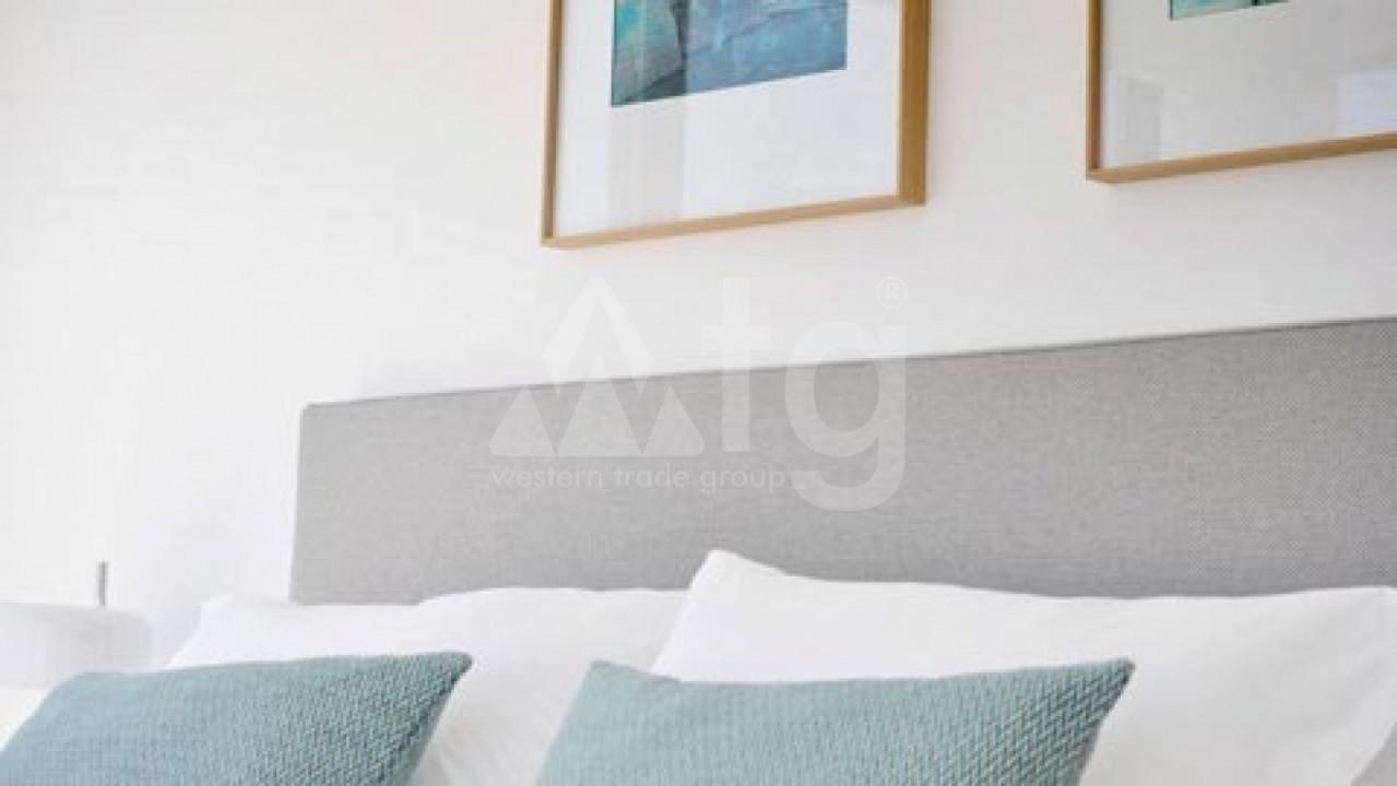 4 bedroom Villa in La Marina  - AT115099 - 5