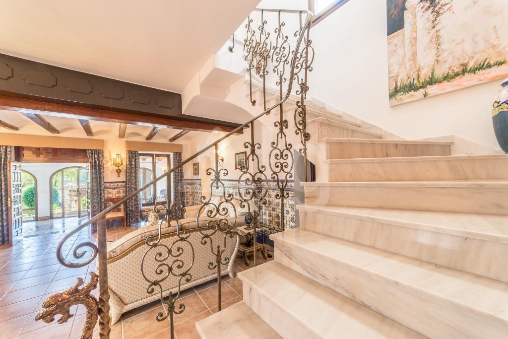 6 bedroom Villa in Javea  - MZ118546 - 14