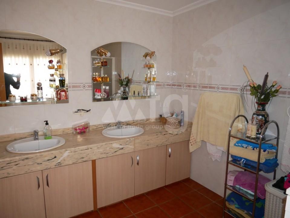 6 bedroom Villa in La Nucia  - CGN196042 - 18