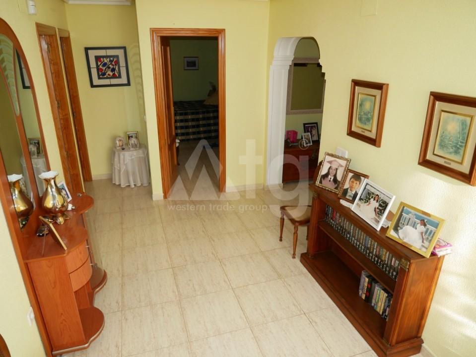 6 bedroom Villa in La Nucia  - CGN196042 - 6