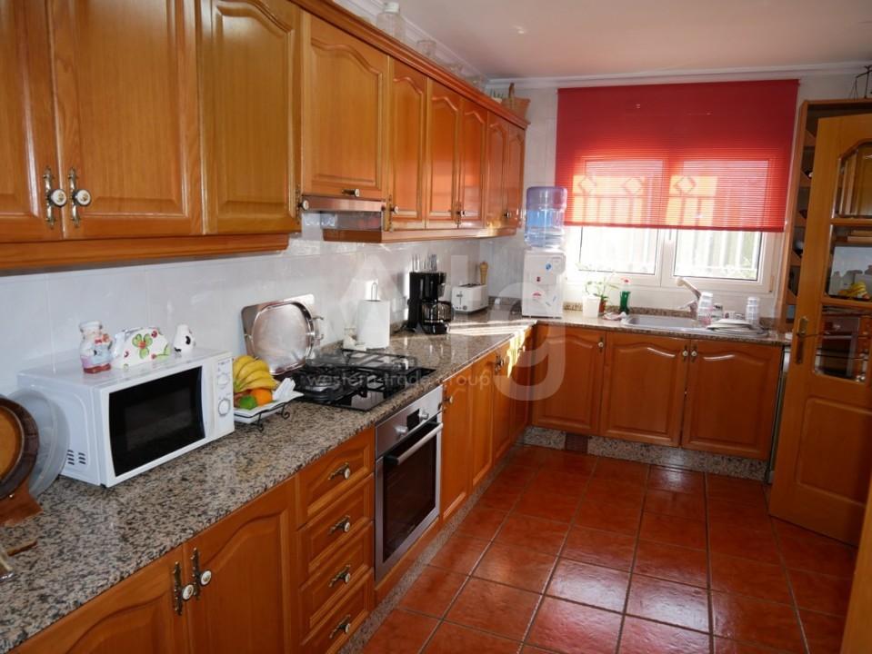 6 bedroom Villa in La Nucia  - CGN196042 - 8