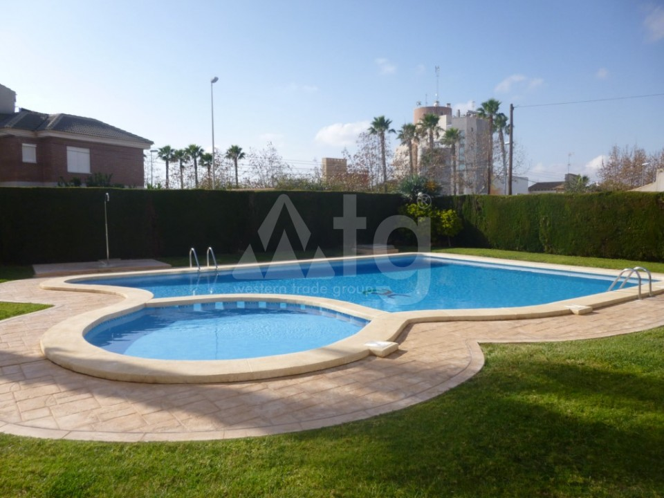 Apartamentos modernos cerca de la playa en Pilar de la Horadada, Costa Blanca - MRM2723 - 11