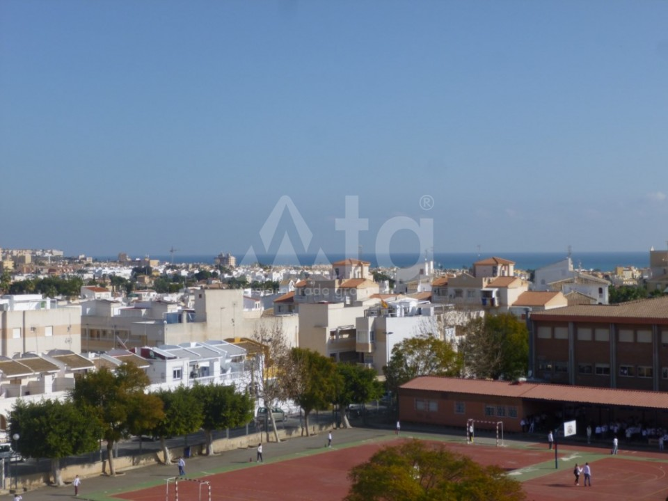 Apartamentos modernos cerca de la playa en Pilar de la Horadada, Costa Blanca - MRM2723 - 9