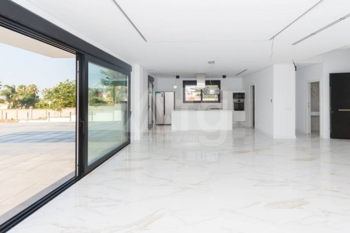 3 bedroom Apartment in San Miguel de Salinas - IR8441 - 8