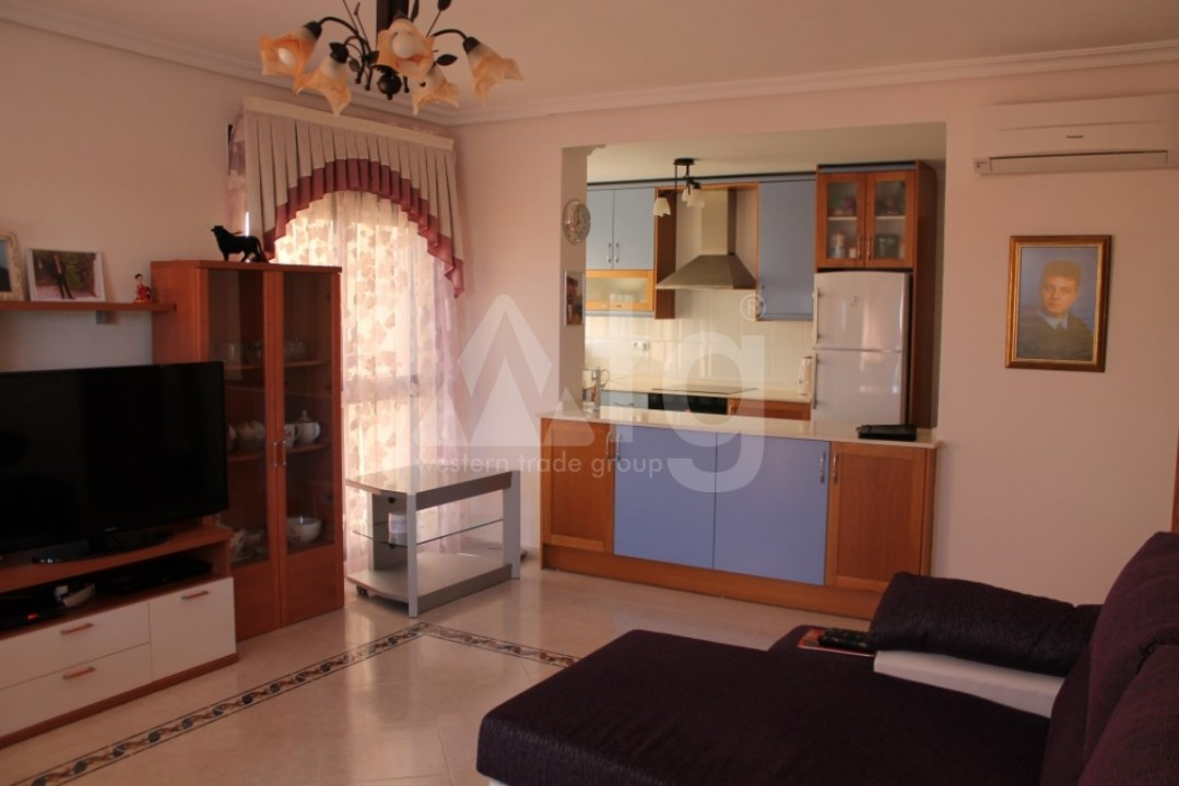 2 bedroom Apartment in Torrevieja  - AG9095 - 10