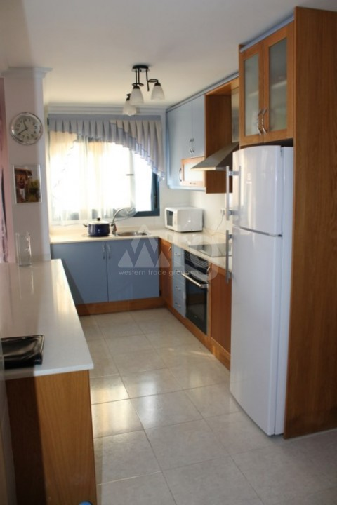 2 bedroom Apartment in Torrevieja  - AG9095 - 9
