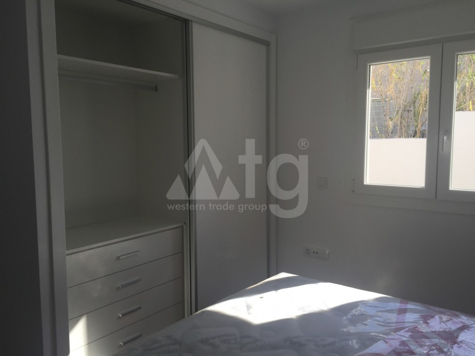 2 bedroom Apartment in Torrevieja - AG5965 - 11