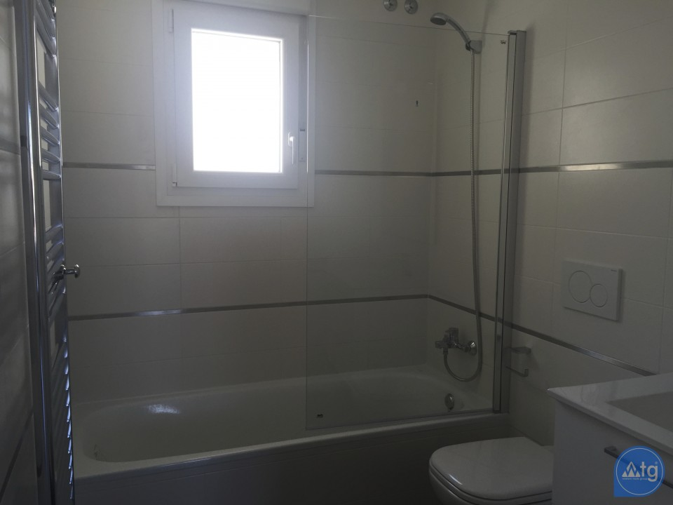 2 bedroom Apartment in Torrevieja - AG5965 - 13