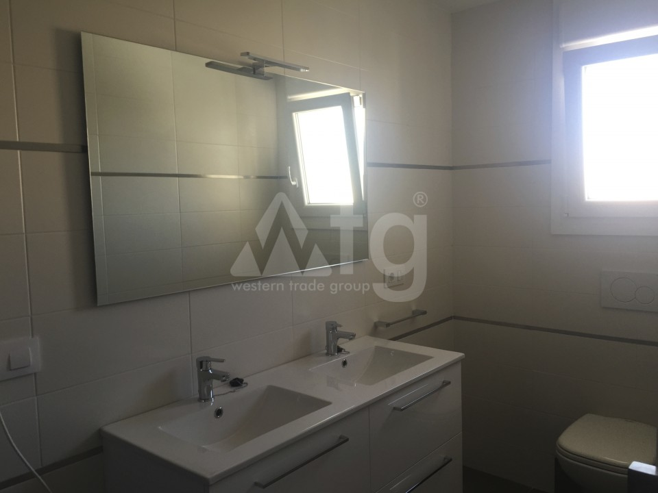 2 bedroom Apartment in Torrevieja - AG5965 - 15