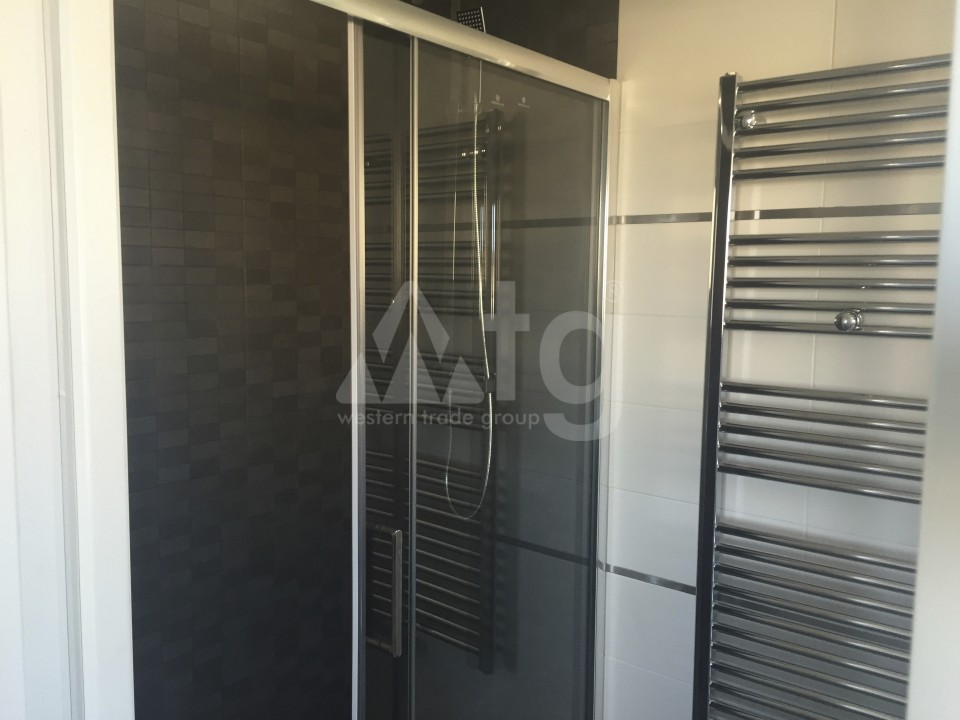 2 bedroom Apartment in Torrevieja - AG5965 - 16