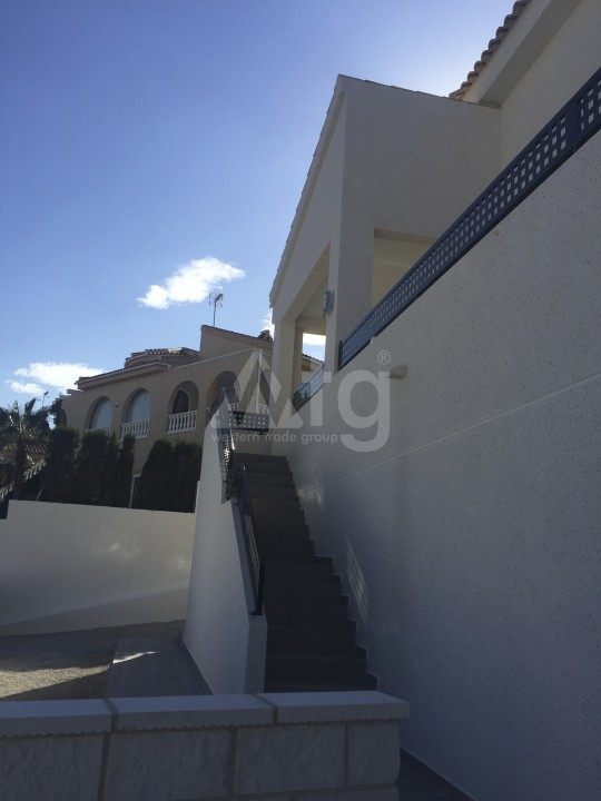 2 bedroom Apartment in Torrevieja - AG5965 - 3