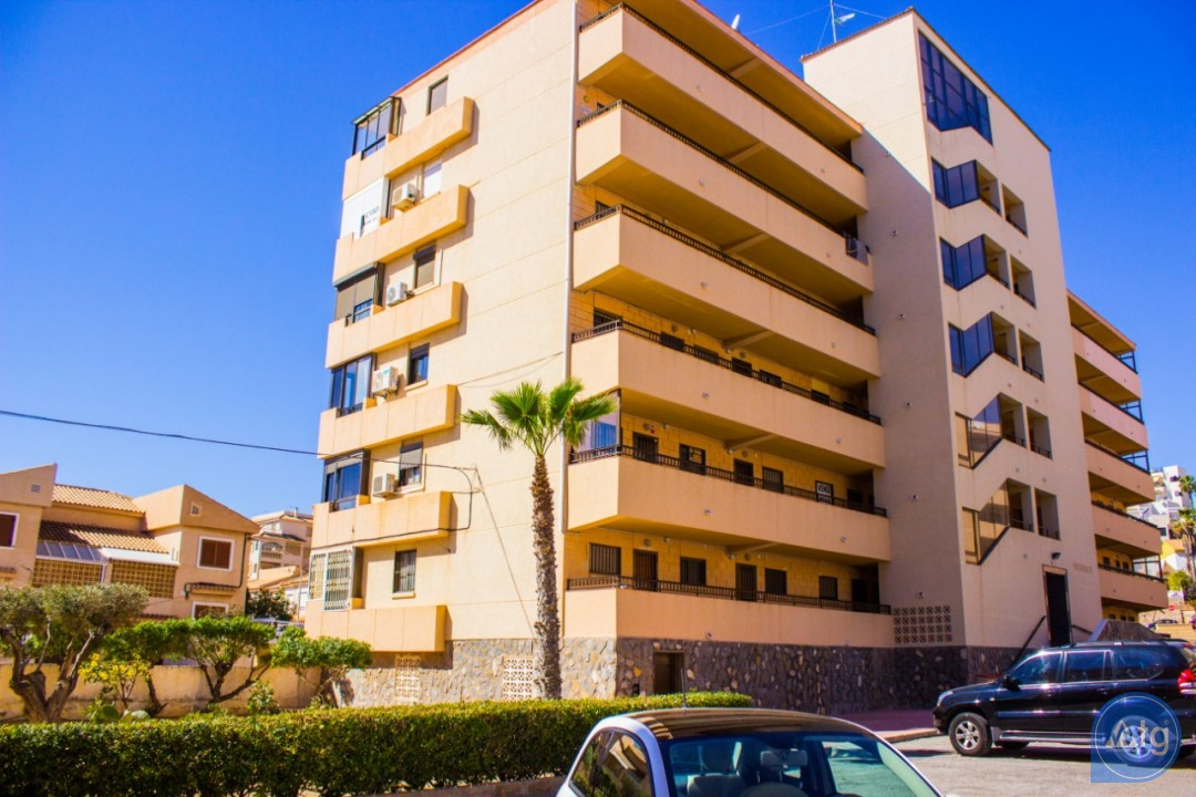 2 bedroom Apartment in Torrevieja  - AG4172 - 1