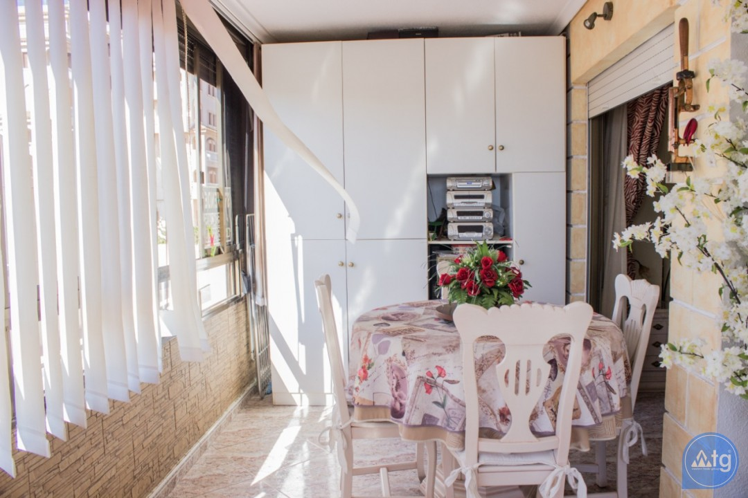 2 bedroom Apartment in Torrevieja  - AG4172 - 10