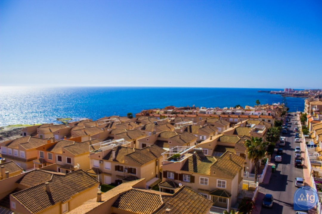 2 bedroom Apartment in Torrevieja  - AG4172 - 2