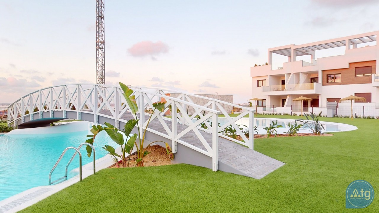 2 bedroom Apartment in Torrevieja  - AG4275 - 12
