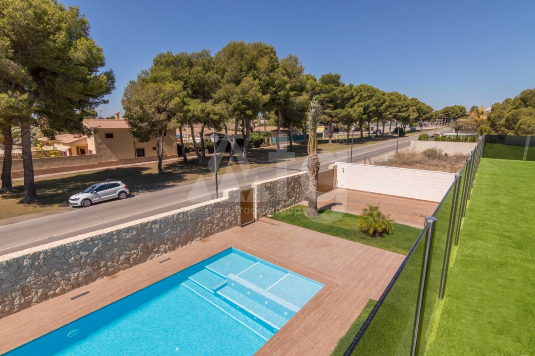 2 bedroom Apartment in Torrevieja  - AG9001 - 5