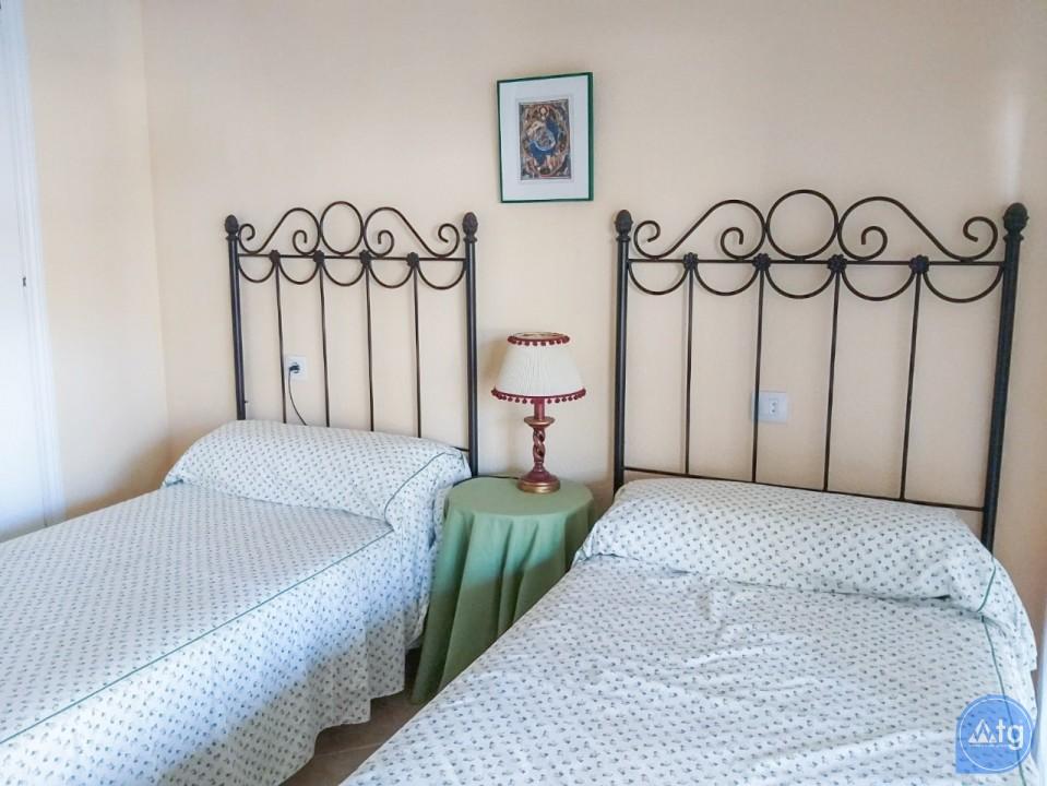 2 bedroom Apartment in Torrevieja - W8708 - 12