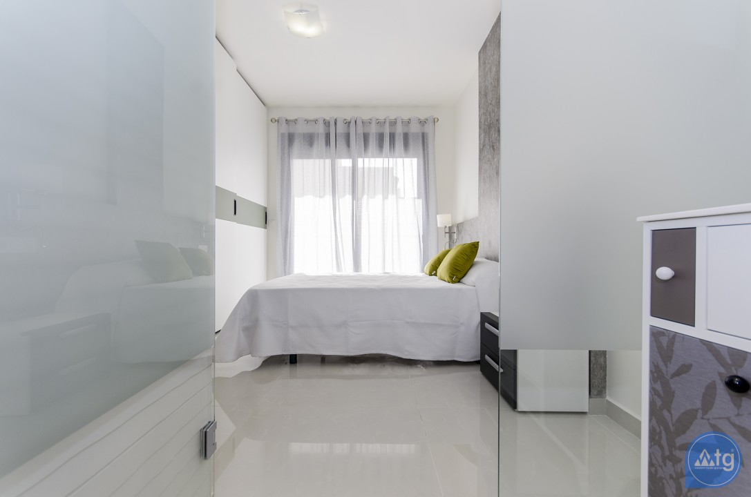 4 bedroom Apartment in Torrevieja  - AG4207 - 15