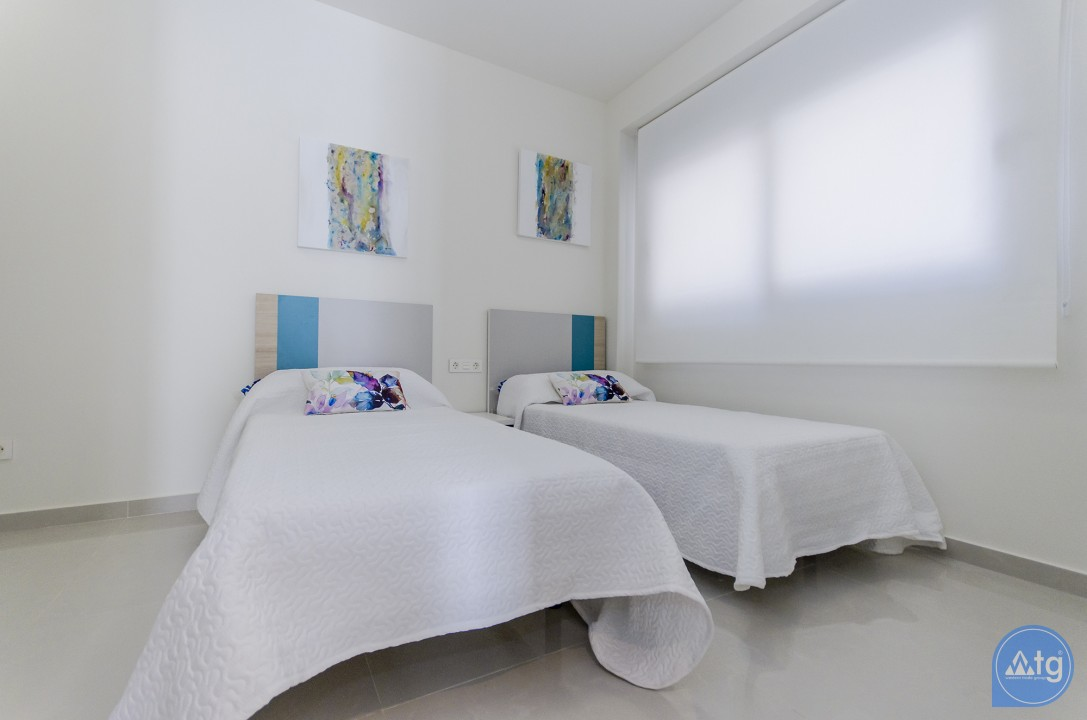 4 bedroom Apartment in Torrevieja  - AG4207 - 16