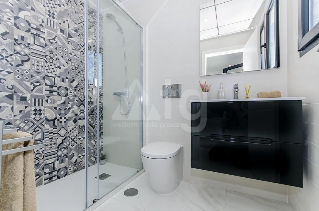 3 bedroom Apartment in Torrevieja - AGI6066 - 13