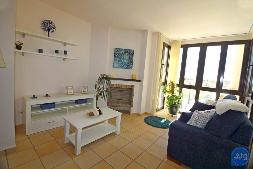 3 bedroom Apartment in Torrevieja - ARCR0271 - 11