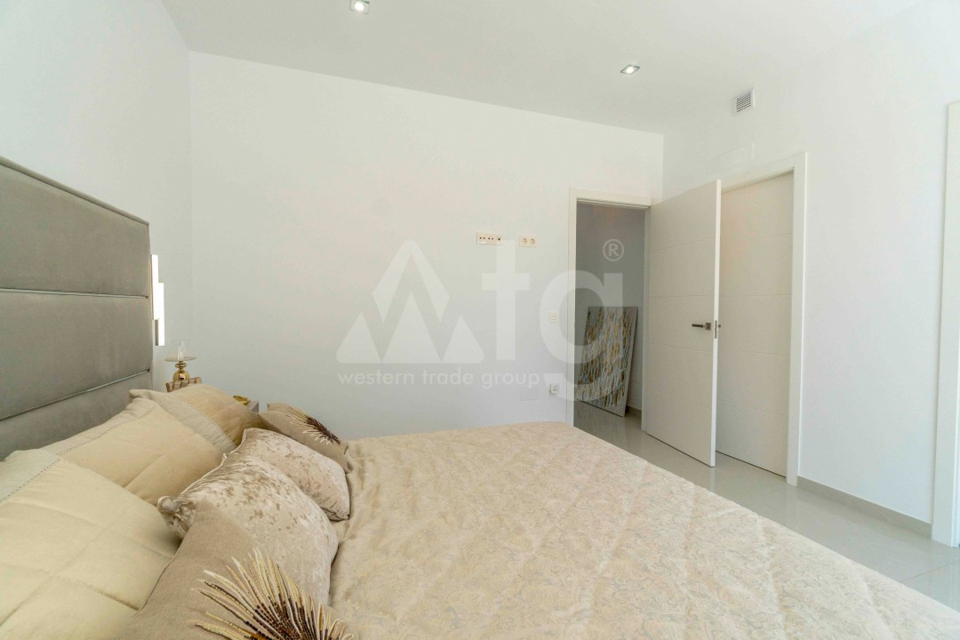 3 bedroom Apartment in Torrevieja - ARCR0478 - 14