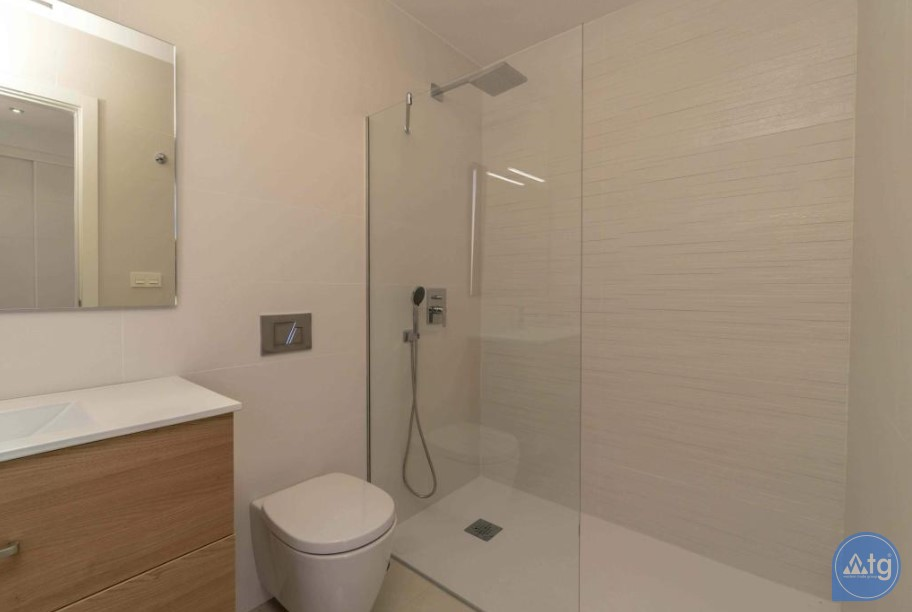 3 bedroom Apartment in Torrevieja - ARCR0478 - 16