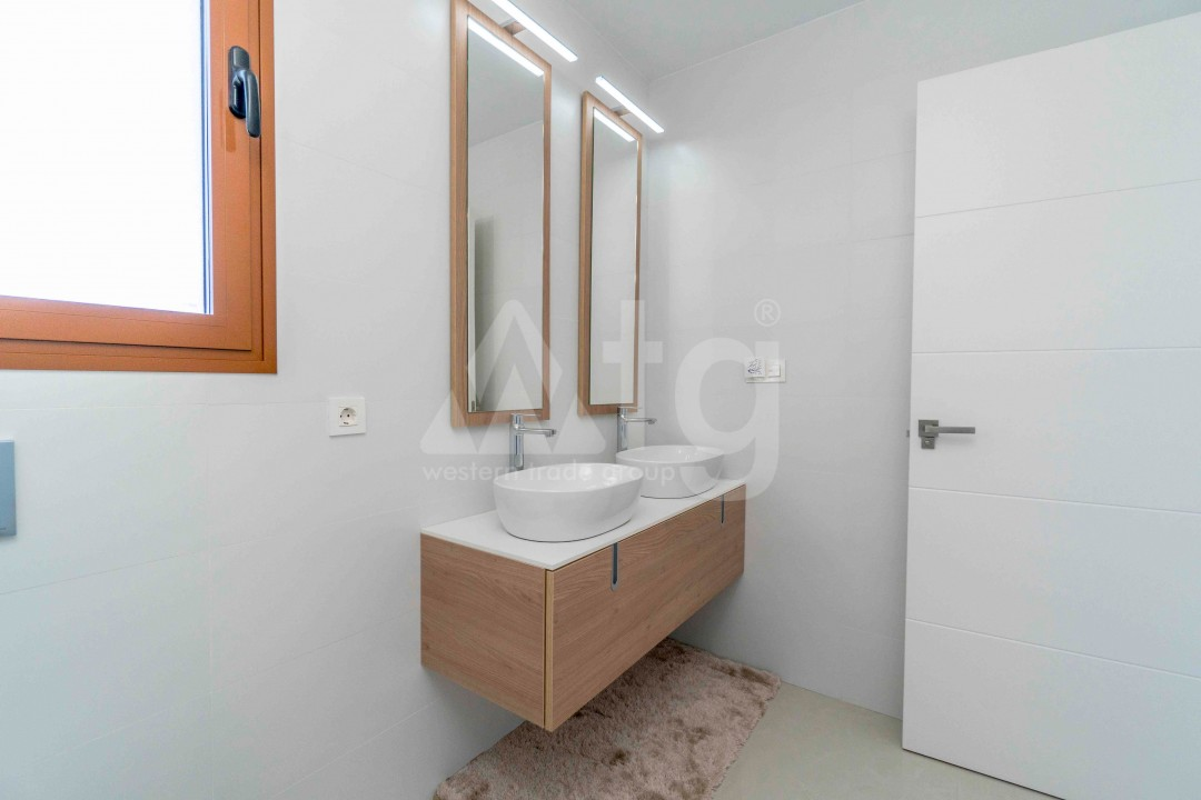 3 bedroom Apartment in Torrevieja - ARCR0478 - 17