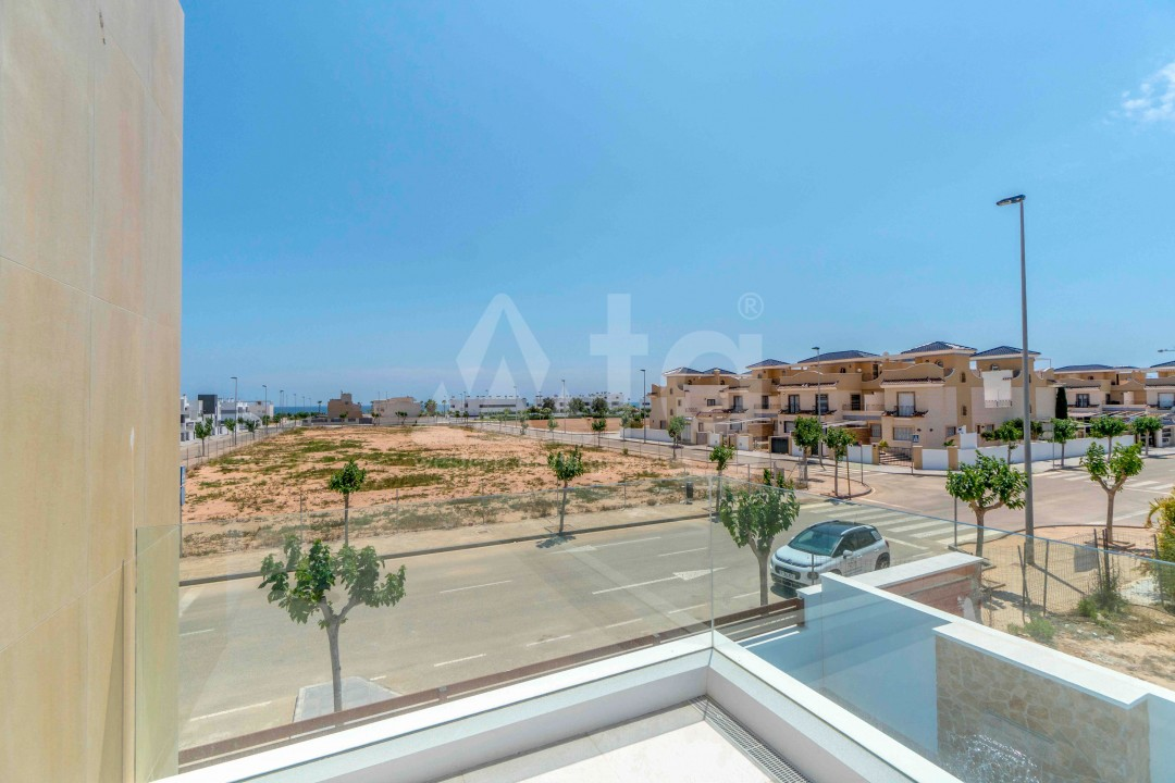 3 bedroom Apartment in Torrevieja - ARCR0478 - 20