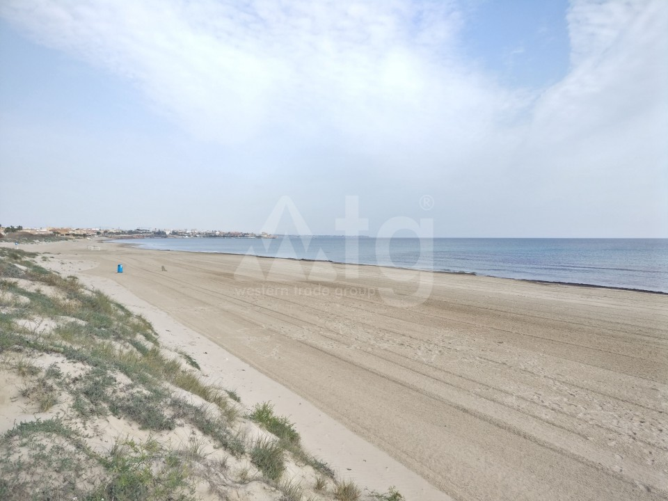 3 bedroom Apartment in Torrevieja - ARCR0478 - 21