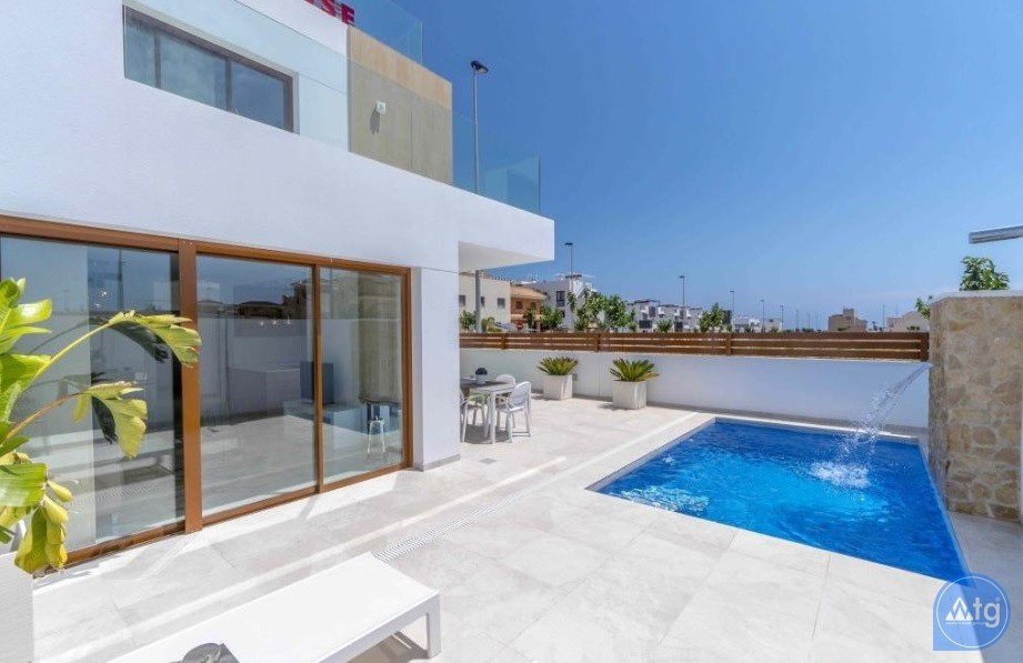 3 bedroom Apartment in Torrevieja - ARCR0478 - 3