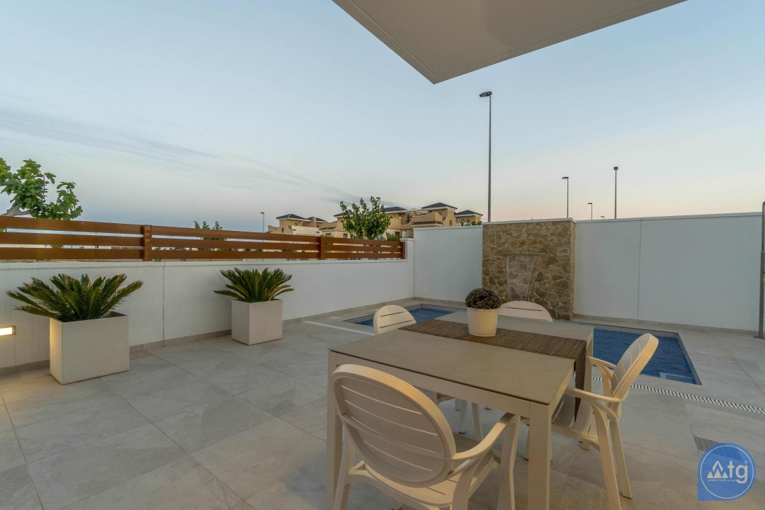 3 bedroom Apartment in Torrevieja - ARCR0478 - 5