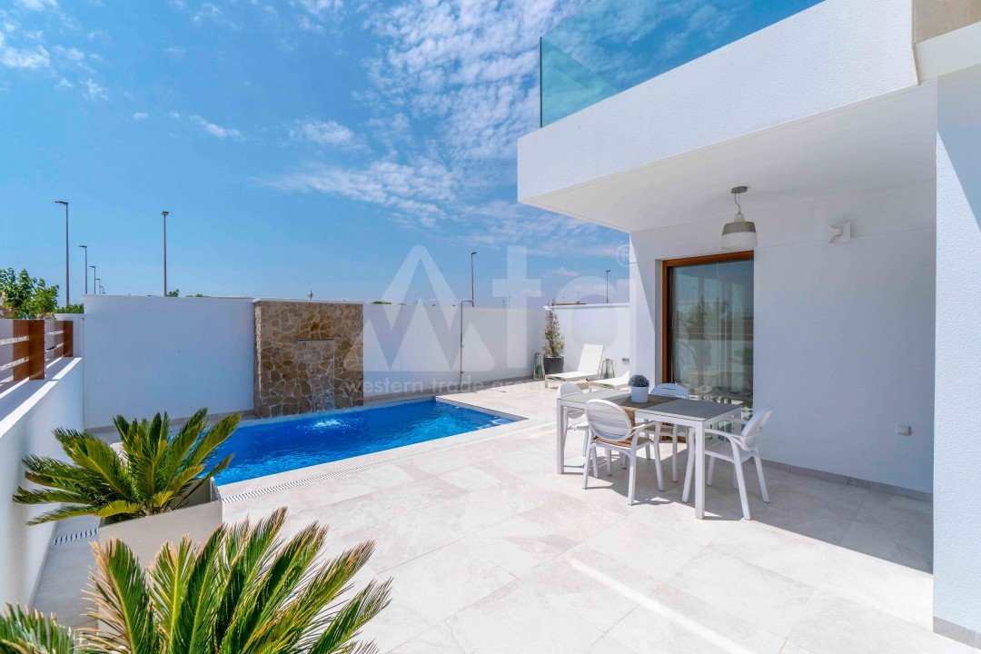 3 bedroom Apartment in Torrevieja - ARCR0478 - 6