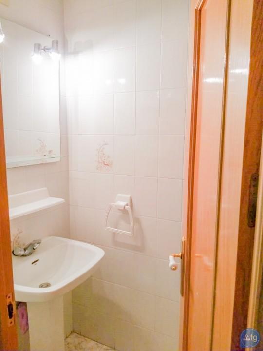 3 bedroom Apartment in Torrevieja  - W8709 - 21