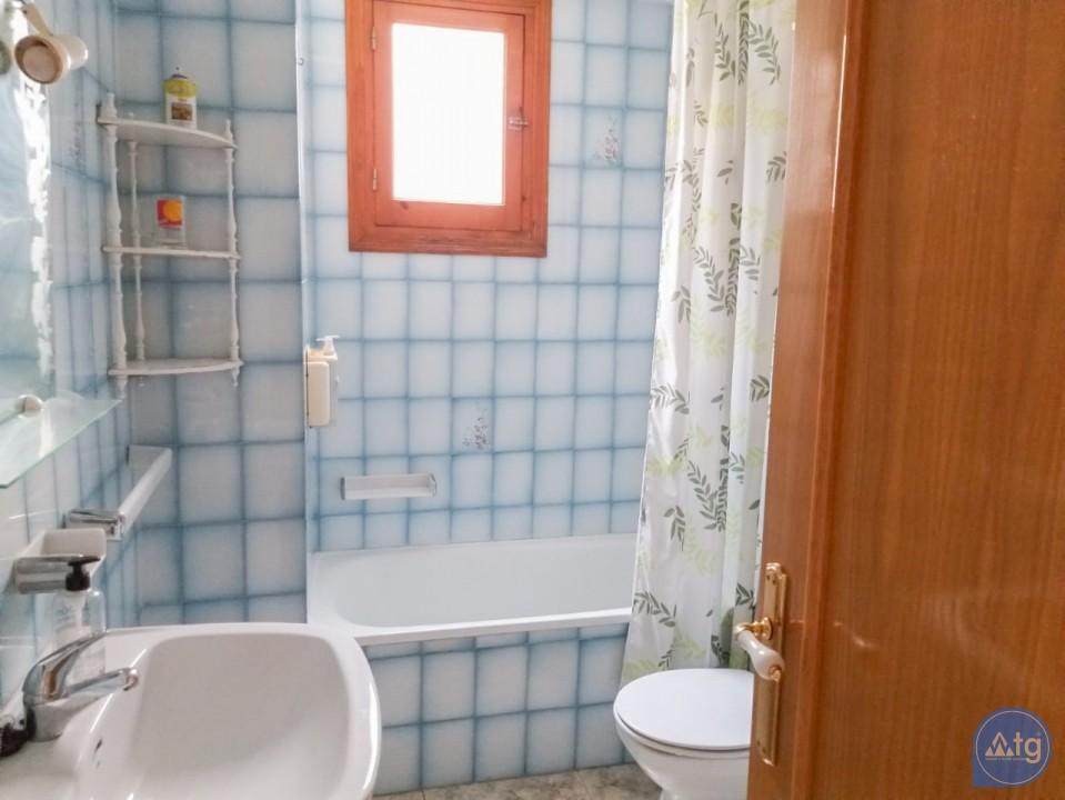 3 bedroom Apartment in Torrevieja  - W8709 - 22
