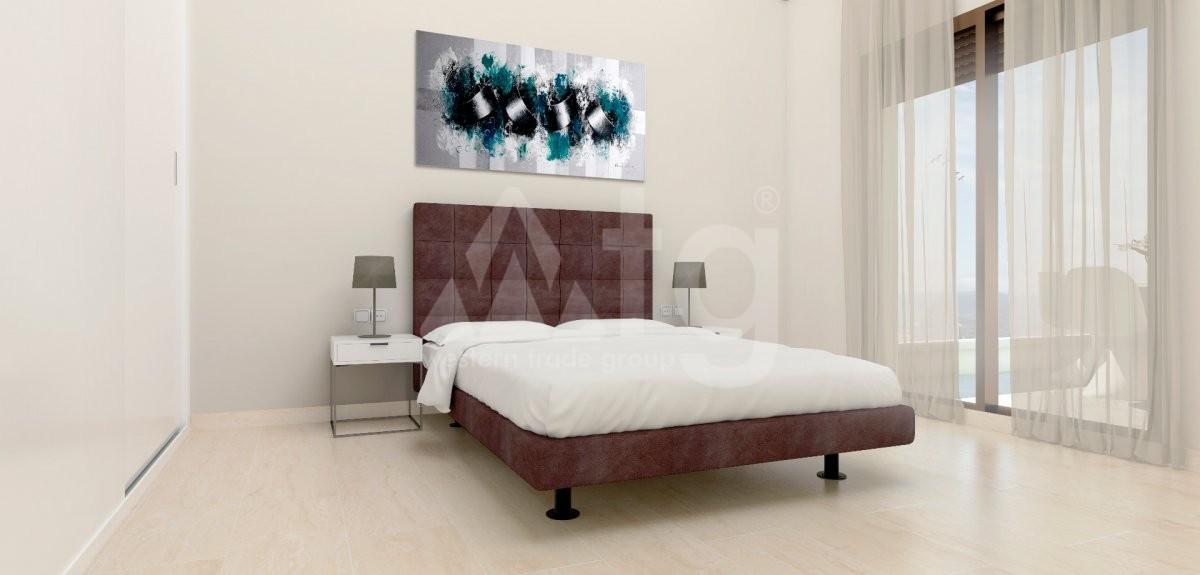 3 bedroom Apartment in Torrevieja  - W8709 - 3