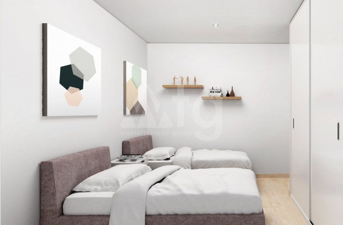 3 bedroom Apartment in Torrevieja  - W8709 - 4