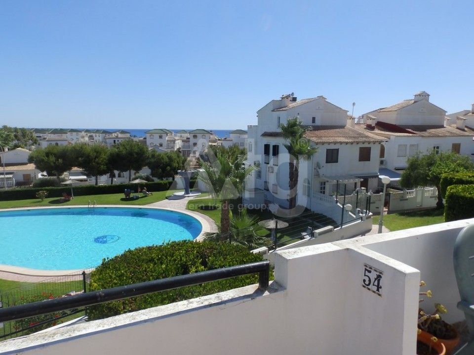 2 bedroom Apartment in Torrevieja  - AG4142 - 16