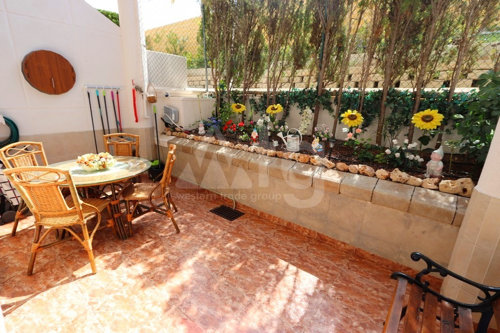 2 bedroom Apartment in Torrevieja  - NH116018 - 30