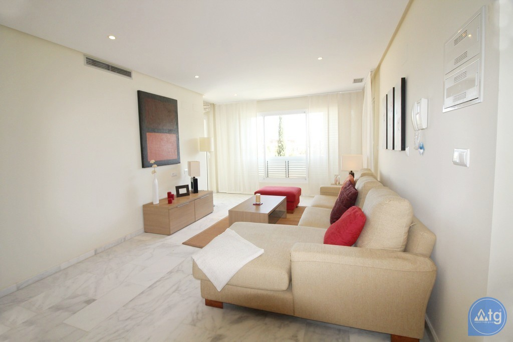 2 bedroom Apartment in Torrevieja  - W5309 - 11