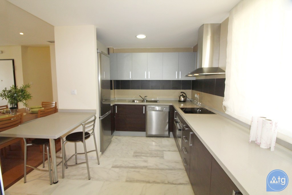 2 bedroom Apartment in Torrevieja  - W5309 - 12