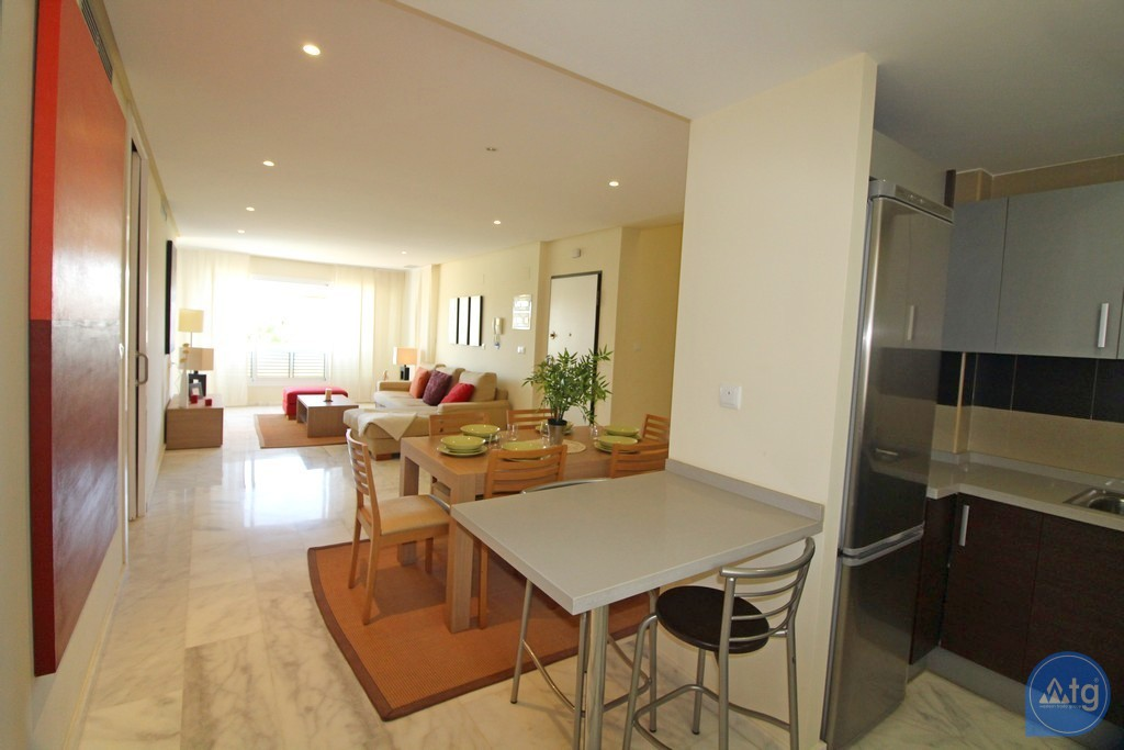 2 bedroom Apartment in Torrevieja  - W5309 - 15