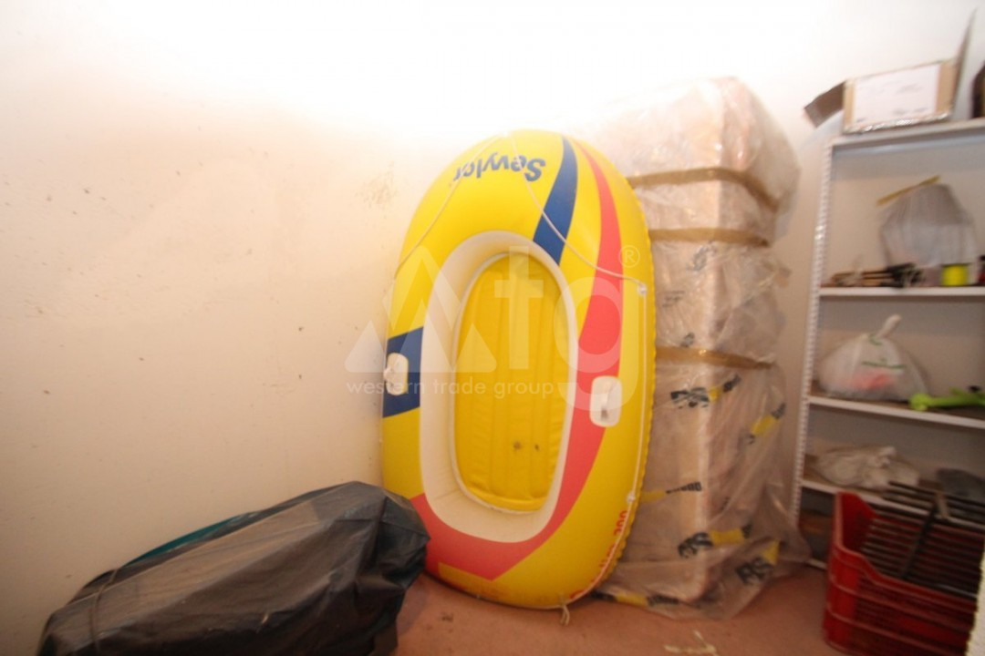 3 bedroom Apartment in Torrevieja  - W8703 - 19