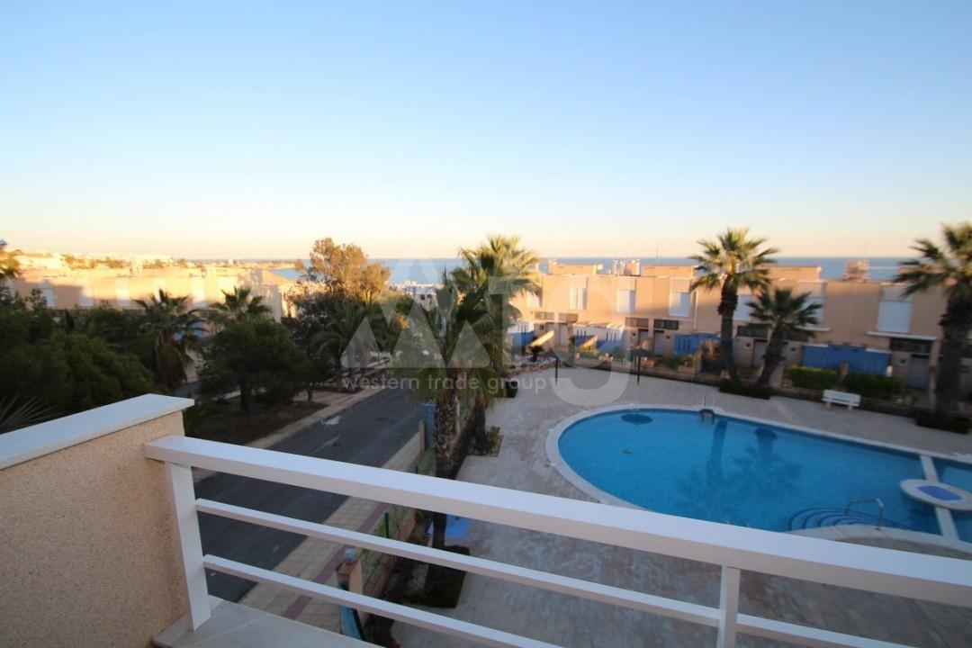 3 bedroom Apartment in Torrevieja  - W8703 - 2