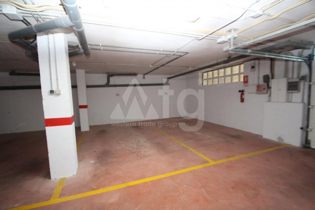 3 bedroom Apartment in Torrevieja  - W8703 - 20